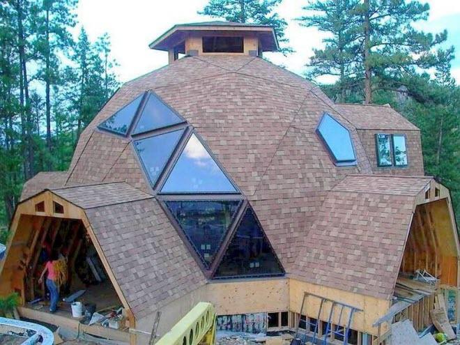 Сводчатая крыша мансарды